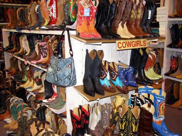 Santa fe cowboy boots
