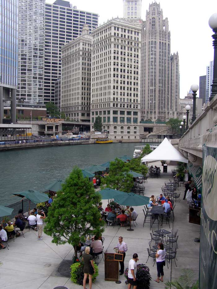 - chicago-riverside-dining-lg